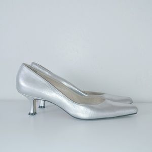 Manolo Blahnik silver low heel pointed toe pumps